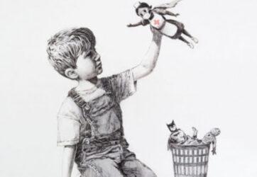 Ni Batman, ni Spiderman: en la nueva obra de Banksy el héroe es una enfermera