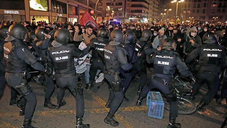 Síndrome de Sherwood: ¿y si es la Policía quien provoca los disturbios?